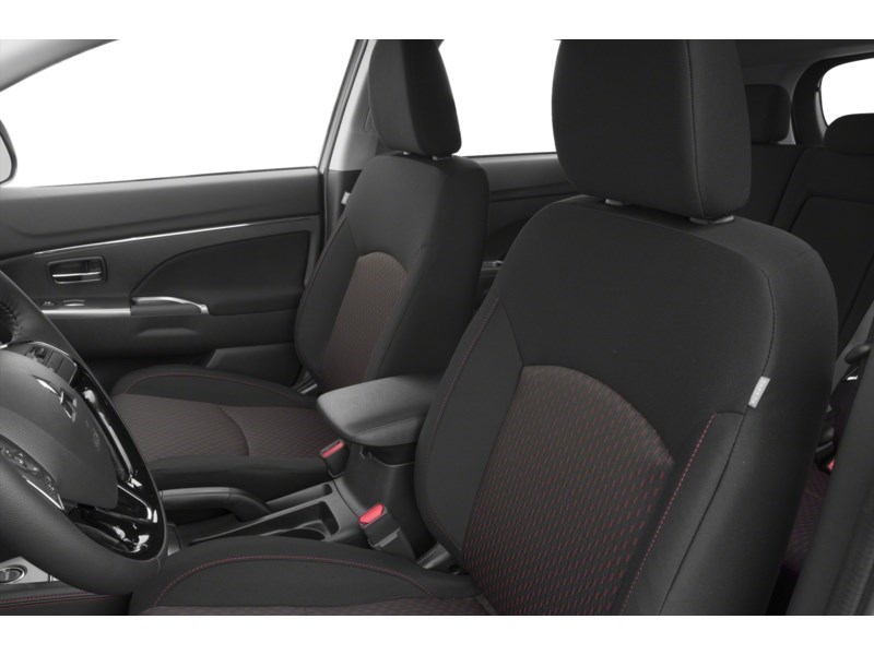 2018 Mitsubishi RVR SE AWC ((BEST PRICE IN ONTARIO!!!)) Interior Shot 4