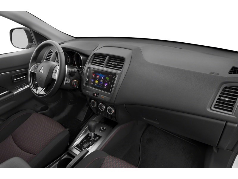 2018 Mitsubishi RVR SE AWC ((BEST PRICE IN ONTARIO!!!)) Interior Shot 1