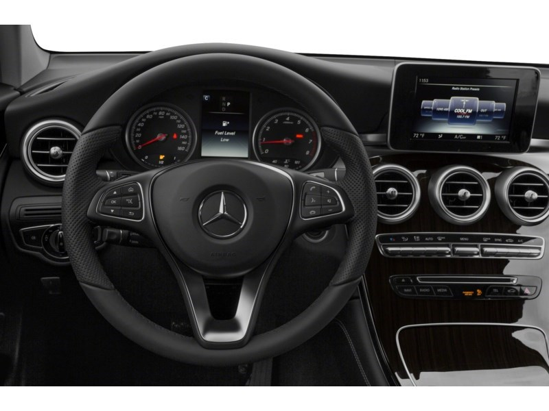 2016 Mercedes-Benz GLC-Class GLC 300 AWD PANO ROOF, NAV, LEATH, LOADED!!! Interior Shot 3