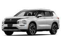 2022 Mitsubishi Outlander LE White Diamond  Shot 3
